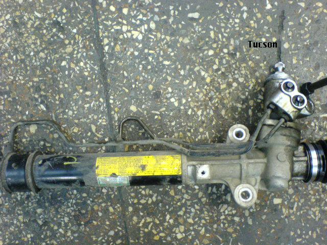 Hyundai Toucson Рулевая рейка 577001F800